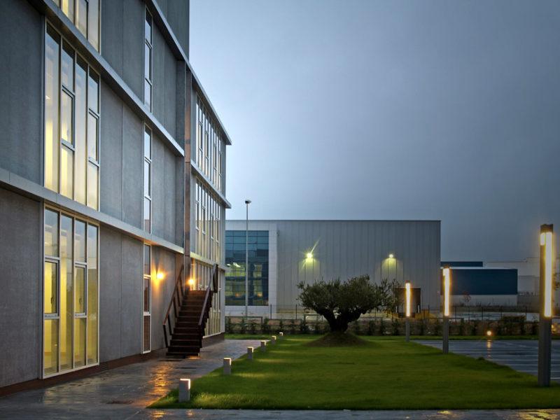 225-oficinas-lautadako-industrialdea2