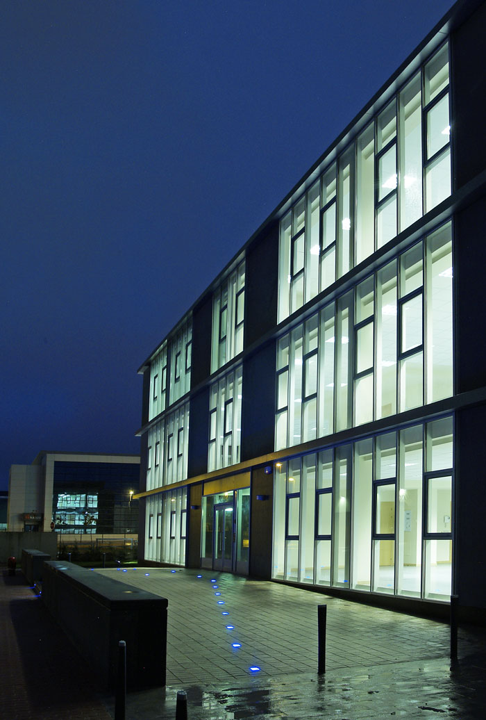 225-oficinas-lautadako-industrialdea4